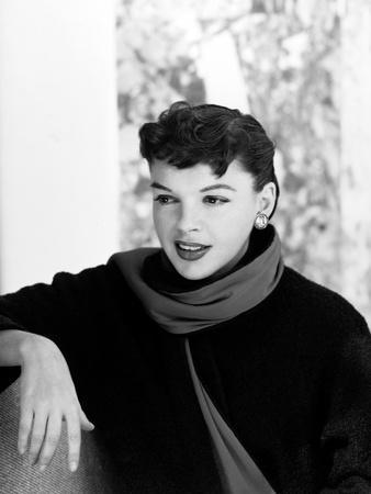 Judy Garland, 1954