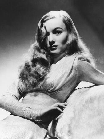 Veronica Lake, This Gun for Hire, 1942