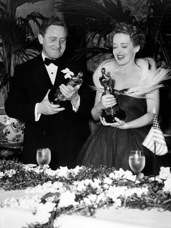 """11th Annual Academy Awards, 1938. Spencer Tracy """"Boys Town"""" with Bette Davies """"Jezabel"""""""