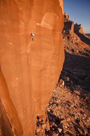A Skilled Climber Takes a Lap, Dylan Wall, San Rafael Swell, Utah