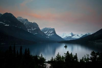 Glacier, Montana: Wild Goose Island Reflecting in St Mary Lake During Sunrise