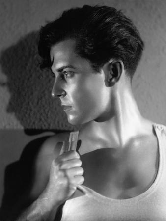 Ramon Novarro, 1930