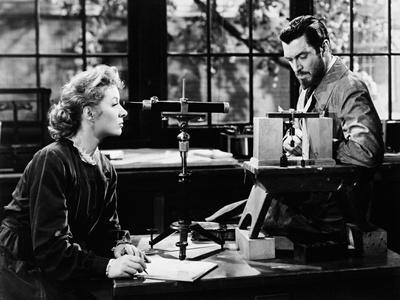Madame Curie, 1943