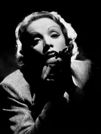 Marlene Dietrich, 1935