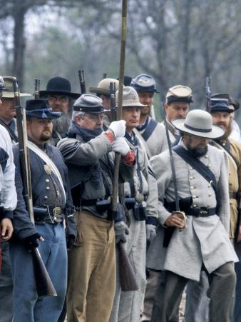 Confederate Infantry Preparing to Attack, Shiloh Battlefield, Tennessee