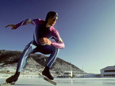 Male Speed Skater in Action at the Start