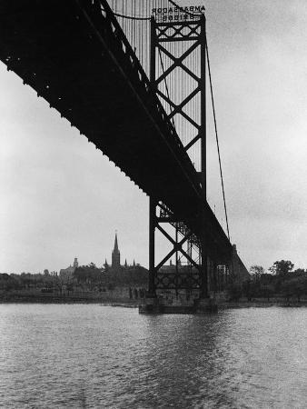 Ambassador Bridge in Detroit, 1935