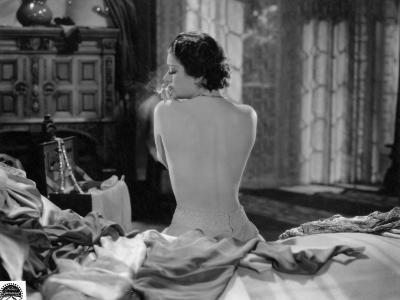 Edwige Feuillère: Monsieur Albert, 1932