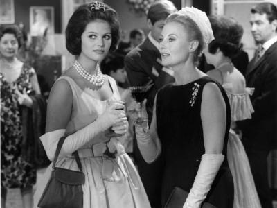 Claudia Cardinale and Michèle Morgan: Les Lions Sont Lâchés, 1961