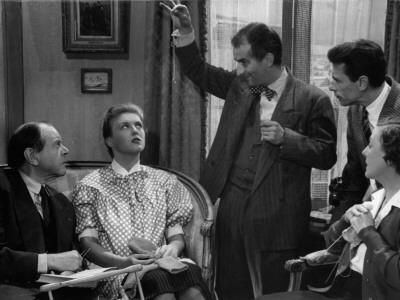 Louis De Funès, Robert Lamoureux, Nicole Courcel, Fernand Ledoux and Gaby Morlay: Papa, Maman, Ma F