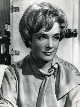 Micheline Presle: Le Baron de L'Écluse, 1960