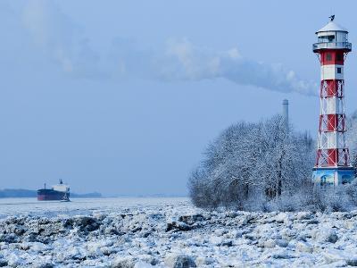 Lighthouse Wittenbergen in Winter
