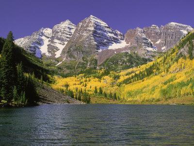 Maroon Lake and Autumn Foliage, Maroon Bells, CO