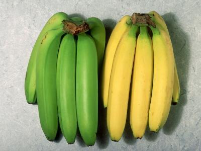Green and Ripe Bananas