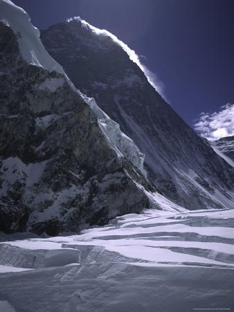 The Southside of Everest, Nepal