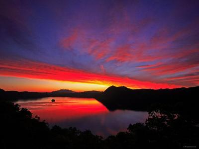 Lake Mashu in Dawn