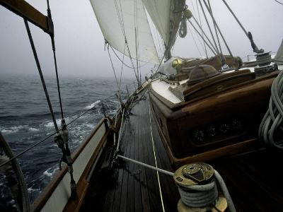Sailing in Stormy Weather, Ticondergoa Race