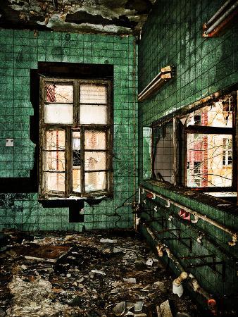 Abandoned Washroom
