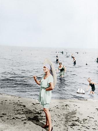Fashion/ Swimwear, 1918