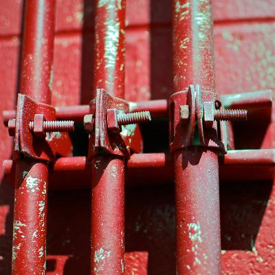 Pipes Square II