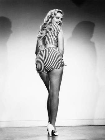 Cleo Moore, 1956