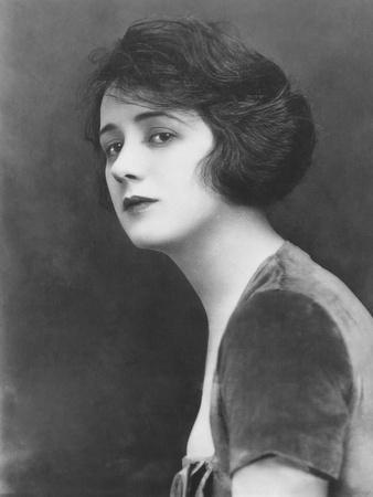 Jean Acker, Estranged Wife of Actor Rudolph Valentino
