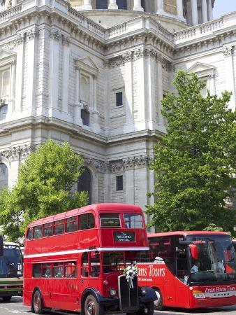 Traditional Bus Outside St. Pauls Cathedral, London, England, United Kingdom, Europe