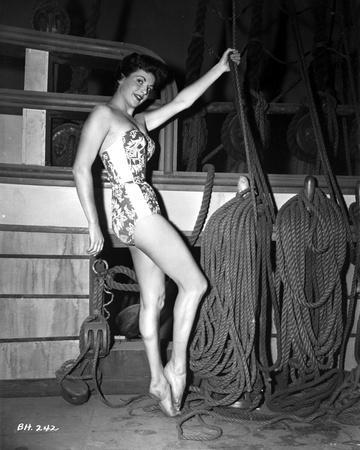 Nicole Maury Holding Rope in Classic