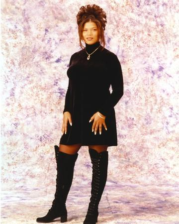 Queen Latifa posed in Portrait