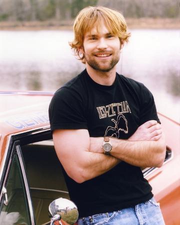 Seann Scott in Black Shirt and Denim Jeans Portrait