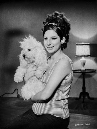 Barbra Streisand Posed With Dog