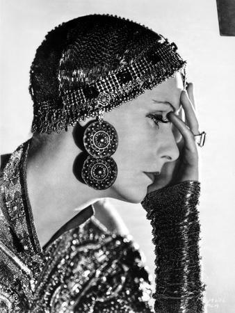 Greta Garbo on a Sequin Top to the side Portrait