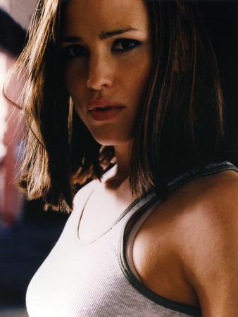 Jennifer Garner Portrait in White Linen Tank Top