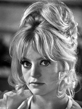 Portrait of Goldie Hawn Black and White