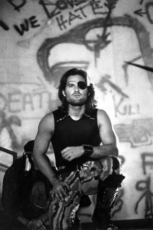 Kurt Russell in Black Tank topt With Eye Patch