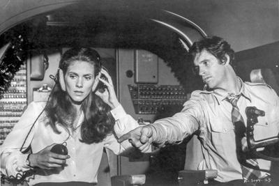 A scene from Airplane!