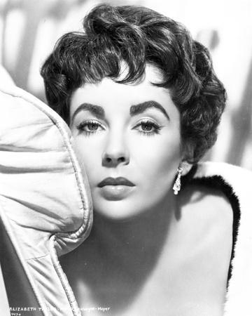 Elizabeth Taylor Looking Away in Black and White