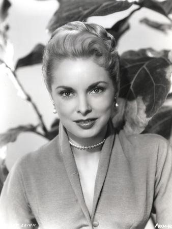Janet Leigh Posed in Grey V-Neck Long Sleeve Silk Dress and Pearl Earring with Pearl Necklace