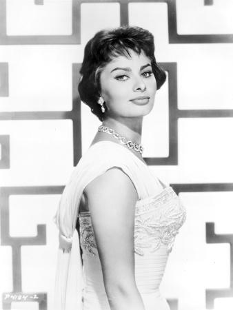 Sophia Loren wearing a Sleeveless Dress with Matching Necklace in a Portrait