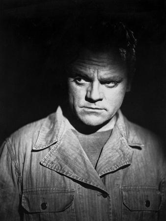 James Cagney Portrait in Cotton Jacket and Black Round Neck Shirt with Face Highlighted