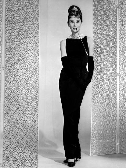 robe de soirée longue noire classique audrey hepburn