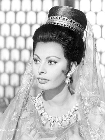 Sophia Loren wearing an Elegant Dress in a Classic Portrait