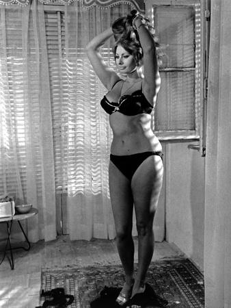Sophia Loren wearing a Black Underwear in a Portrait