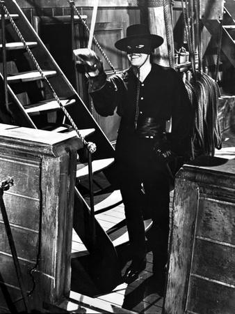 Guy Williams as Black Zorro Outfit With Sword