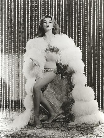 Ann Margret wearing a Fur Coat in Classic