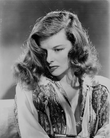 Katharine Hepburn posed in Black and White