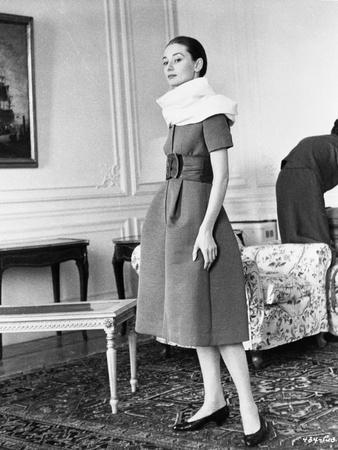 Audrey Hepburn posed in Black and White