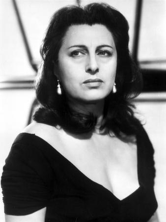 Anna Magnani wearing a V-Necked Blouse
