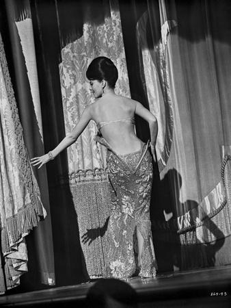Natalie Wood Stripping Facing Backwards