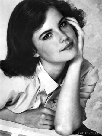 Elizabeth McGovern Posed in Classic